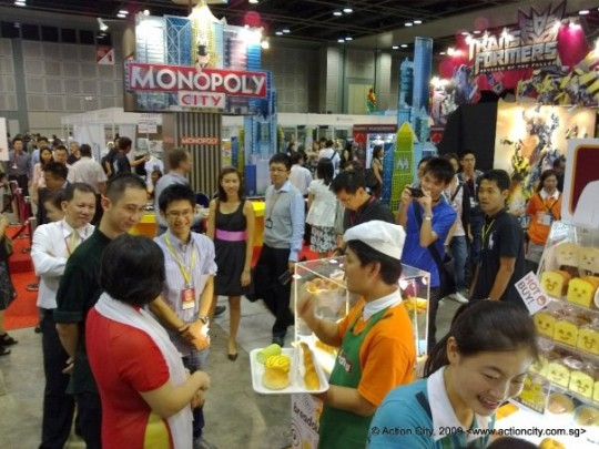 action-city-breadou-singapore-toy-comic-convention-a